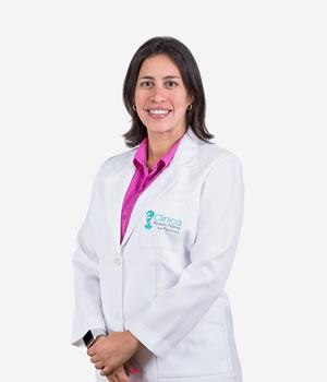 Dra. Andrea Cecilia Calvo Contreras
